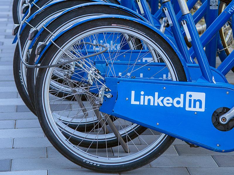 بازاریابی شبکه های اجتماعی با لینکدین